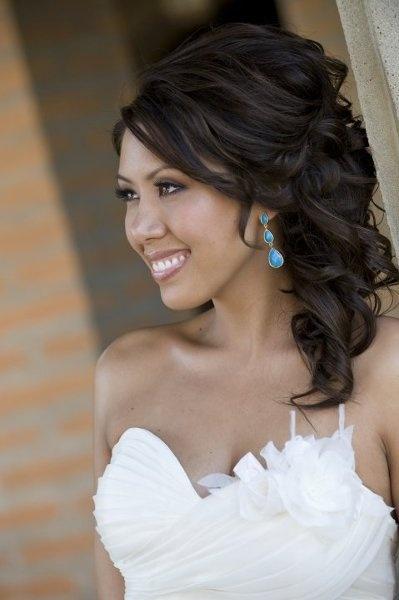Idéias esplêndidas para penteado de casamento para cabelos médios