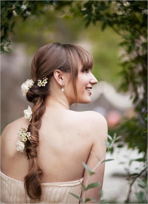 Penteados de casamento de verão popular simples