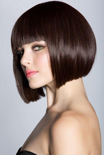Uma maneira elegante para a Looking Smart ter cortes de cabelo cortados e lisonjeiros