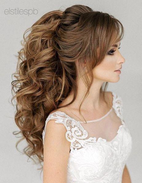 Formas lindas e elegantes para amplificar um penteado rabo de cavalo para o casamento