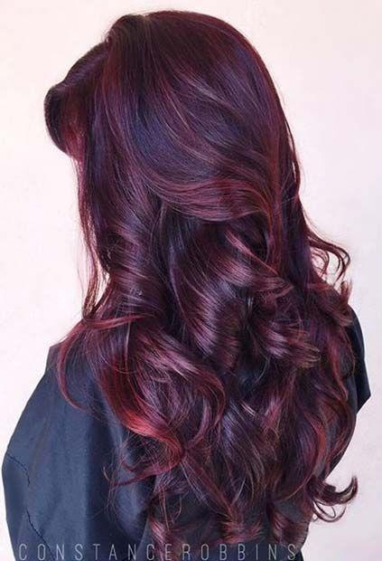 Idéias de penteado encaracolado e ondulado lisonjeiro para meninas
