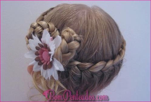 20 penteados adoráveis da menina da criança