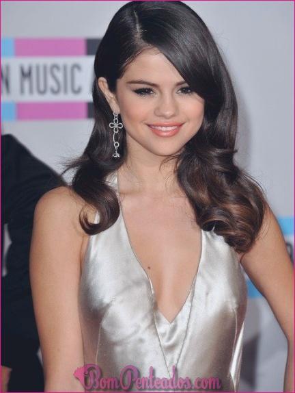 Melhores penteados de Selena Gomez