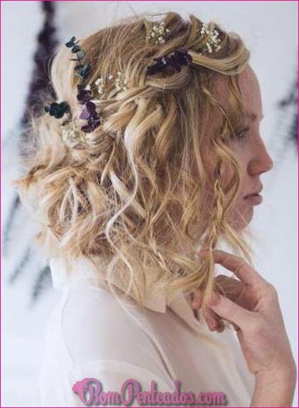 15 penteados encaracolados para meninas