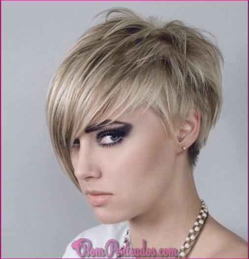 Penteados curtos simples para mulheres