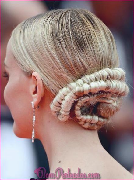 20 penteados Bun bagunçado para o baile de finalistas