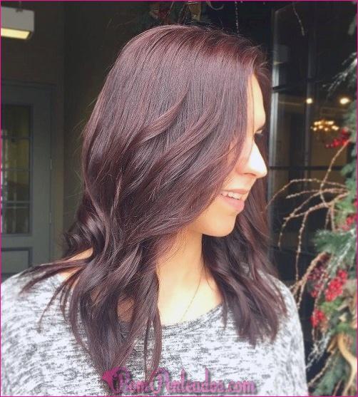 Cor de cabelo de mogno para looks sexy