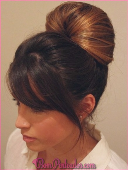 15 Homecoming elegante Updos