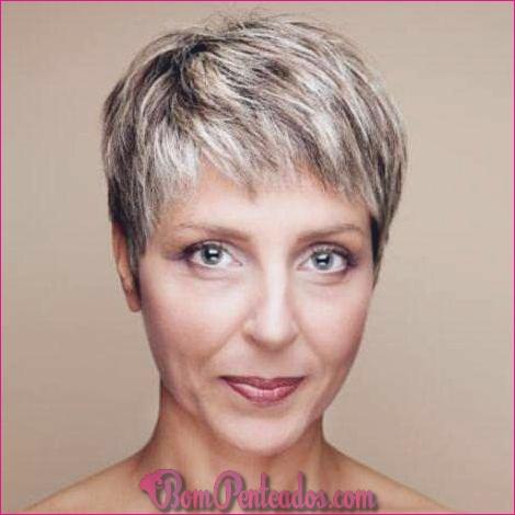 Penteados modernos para mulheres acima de 50 anos