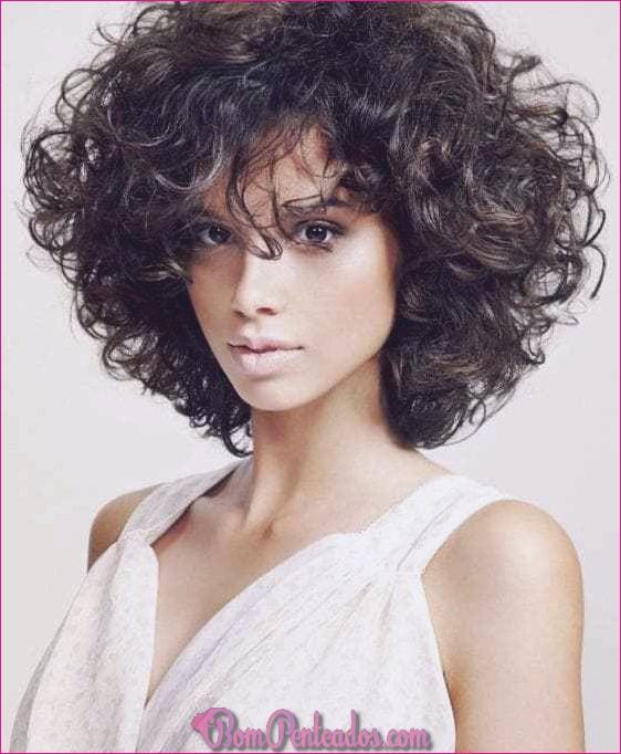 20 cortes de cabelo em camadas médias