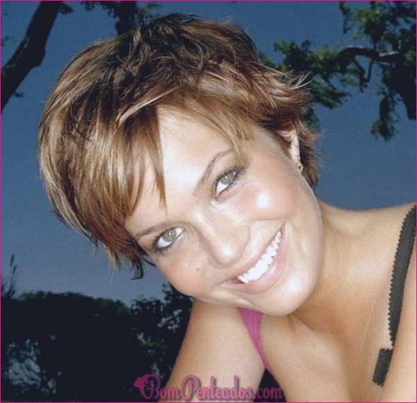15 Funky Mandy Moore penteados curtos