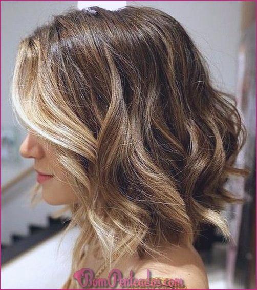 20 penteados encaracolados médios para cada ocasião