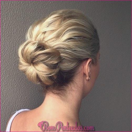 15 Pretty Updos para cabelo de comprimento médio